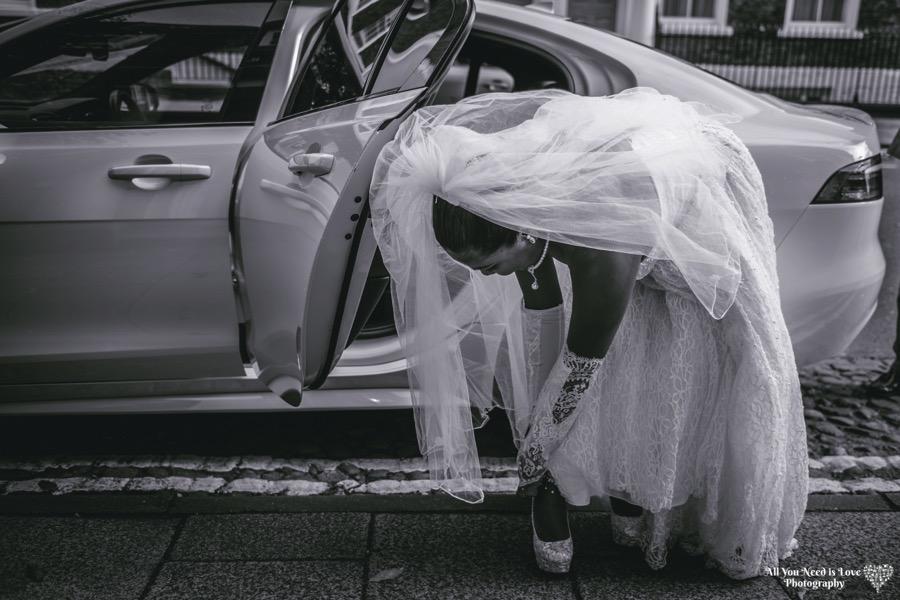 bride arriving at york register office