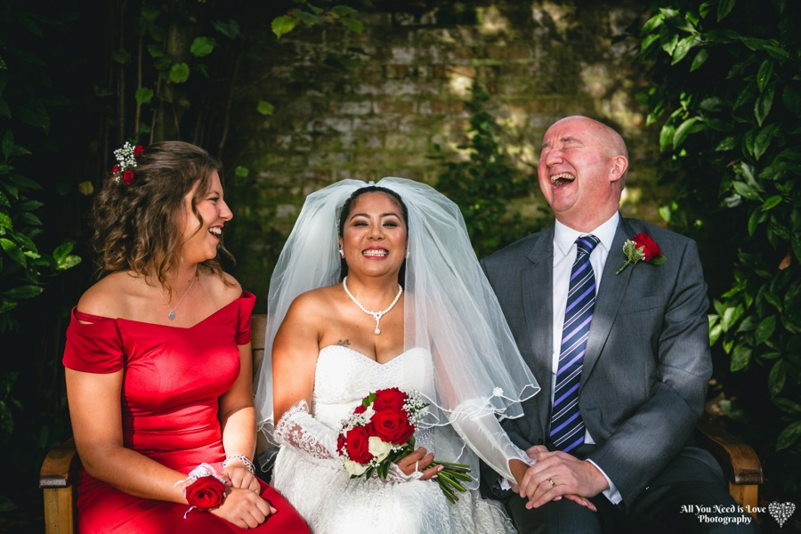 relaxed york wedding photography